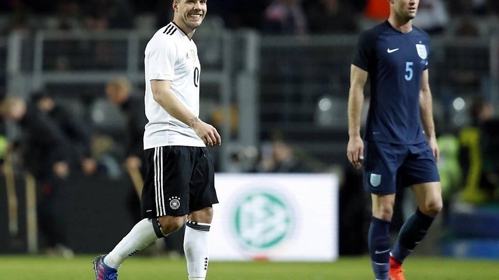 Lukas Podolski verabschiedet sich mit einem Traumtor von der internationalen Bühne