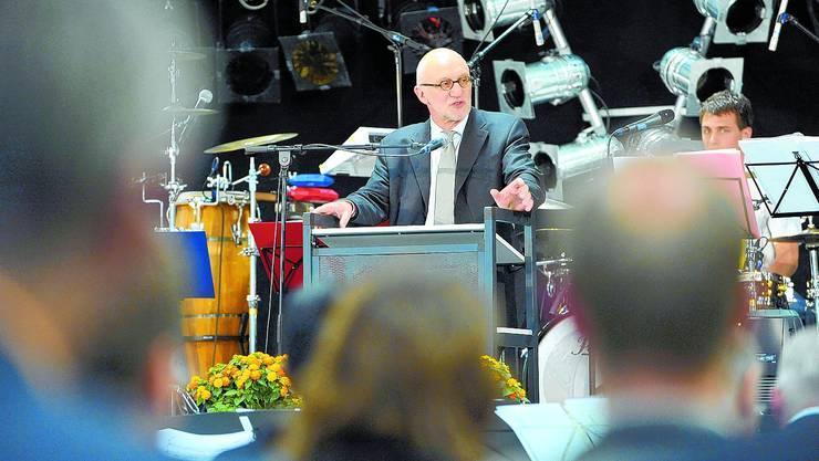 Erfreut: Hermann Forneck, der Direktor der Pädagogischen Fachhochschule Nordwestschweiz, ist zufrieden. Das Gebäude entspricht nun den Bedürfnissen der heutigen Lehrerbildung.