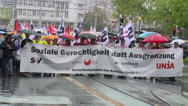 Offizieller 1. Mai-Umzug: «Soziale Gerechtigkeit statt Ausgrenzungspolitik»