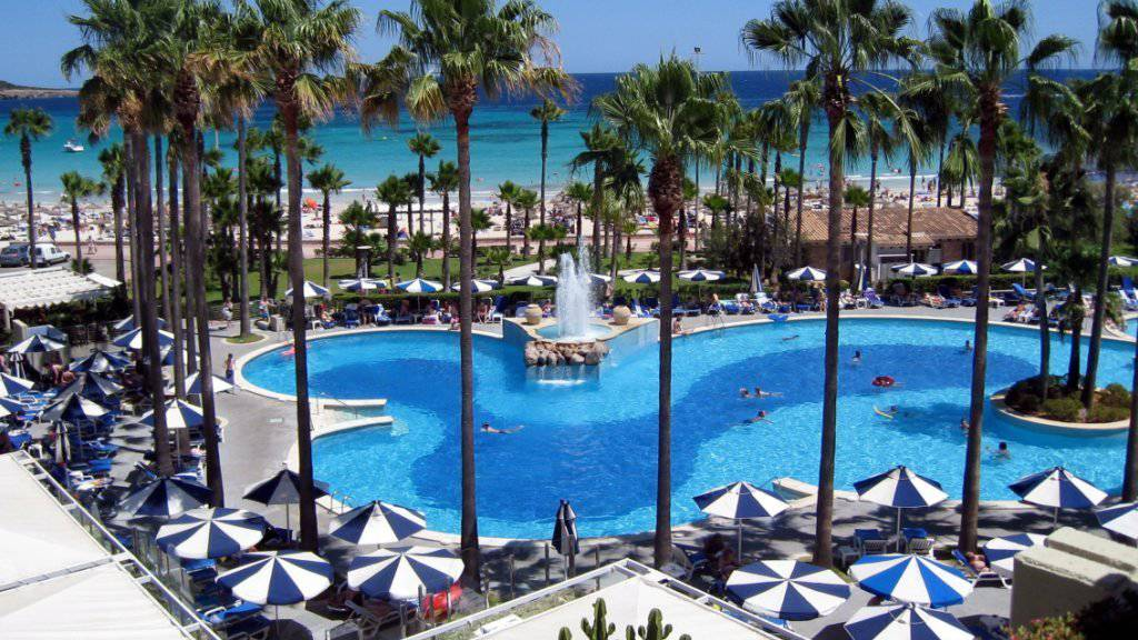 Im kommenden Sommer zieht es die Reisenden nach Mallorca und nicht mehr in die Türkei. Der Reisekonzern Tui bereitet sich vor. (Archivbild)