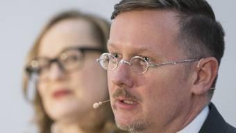 Marc Fehlmann fehlt Geld - Kulturchefin Sonja Kuhn verfolgt das Votum des neuen Museumsdirektors