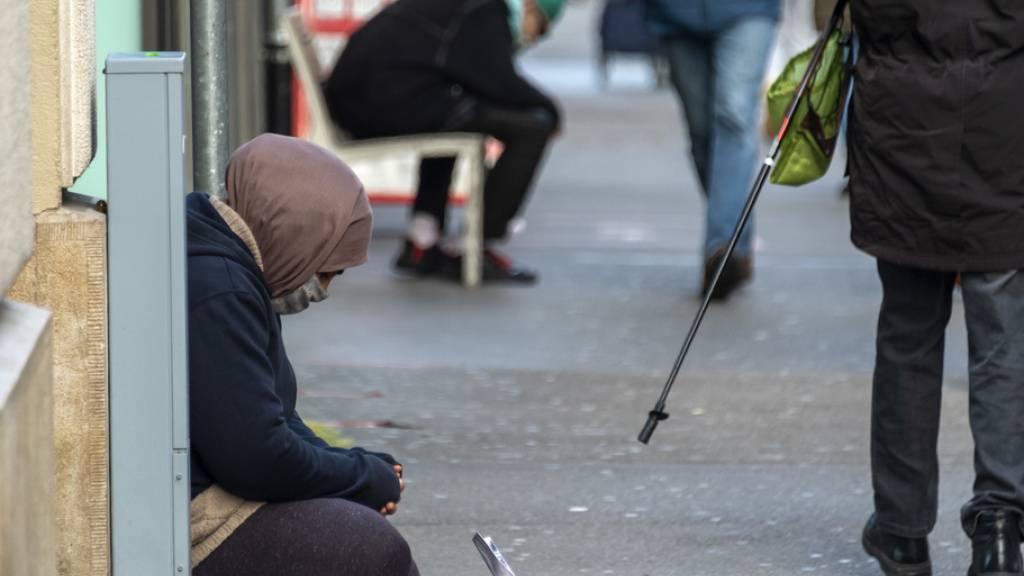 Armut stieg 2019 - Zufriedenheit war Anfang 2020 dennoch hoch
