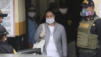 Die einstige Präsidentschaftskandidatin Perus, Keiko Fujimori, ist am Montag (Ortszeit) aus der Untersuchungshaft in Lima entlassen worden.