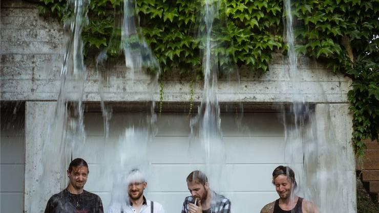 Die Band «Gägestill» tauft ihre erste Platte (von links): Dani Hedinger, Fabian Lischer, Ralph Preysch und Manuel Huber. Dominic Kobelt