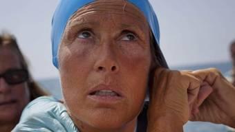 Die US-Amerikanerin Diana Nyad bei den letzten Vorbereitungen für ihren Schwimm-Rekordversuch