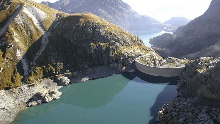Flossen zu viele Gewinne aus den Walliser Stauseen ins Mittelland? Das glaubt der Kanton Wallis, wo das Emosson-Speicherkraftwerk liegt. Dieses gehört zu 50 Prozent dem Oltner Alpiq-Konzern.