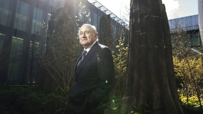 Joseph Blatter (79) im Innenhof des Fifa-Hauptsitzes in Zürich. Foto: ex-press/Sebastian Magnani