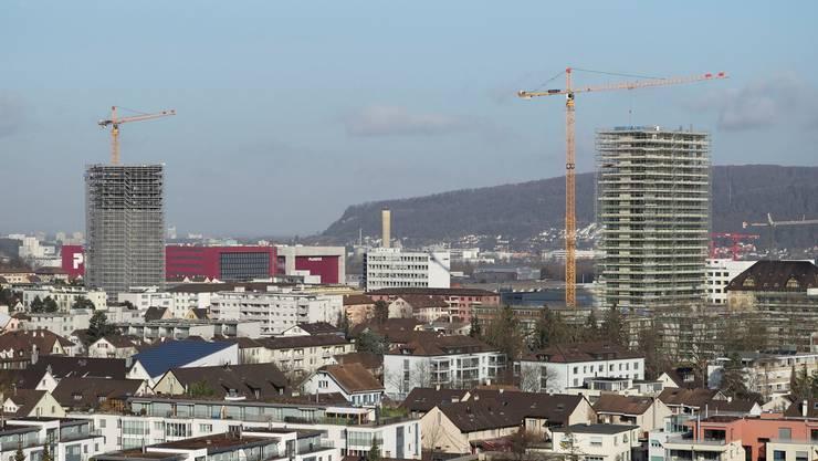 Im Baselbiet wird auch künftig zünftig gebaut. Im Zentrum von Pratteln werden derzeit Wohnungen für rund mehrere hundert Menschen gebaut.