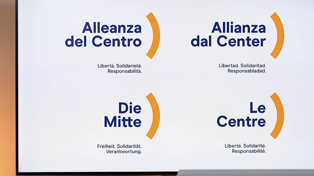 Spitzen von Bündner Jungparteien JCVP und JBDP mit Fusionsvertrag