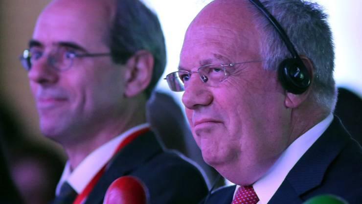 Bundespräsident Schneider-Ammann (rechts) am Colombia + Innovative Forum in Bogotá.
