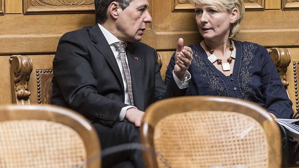 Die FDP-Nationalräte Ignazio Cassis (TI) und Isabelle Moret (VD) wollen beide die Nachfolge von Didier Burkhalter antreten, ebenso der Genfer Regierungsrat Pierre Maudet. (Archivbild)