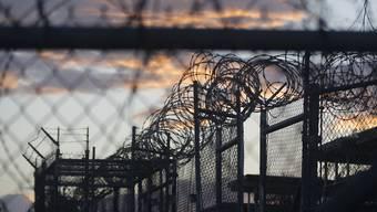 Nach der Freilassung eines Mannes aus Jemen befinden sich noch 79 Gefangene im US-Lager Guantanamo Bay auf Kuba. (Archivbild)