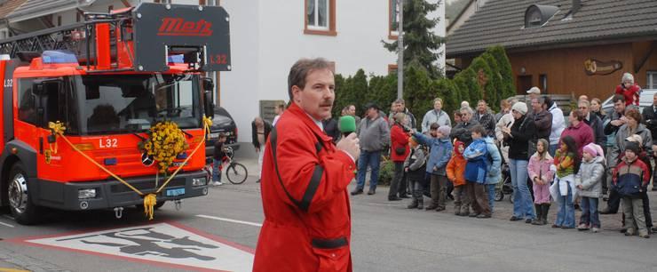 An der Hauptübung 2007 der Feuerwehr Pratteln wurde der Bevölkerung die neue Autodrehleiter vorgestellt.