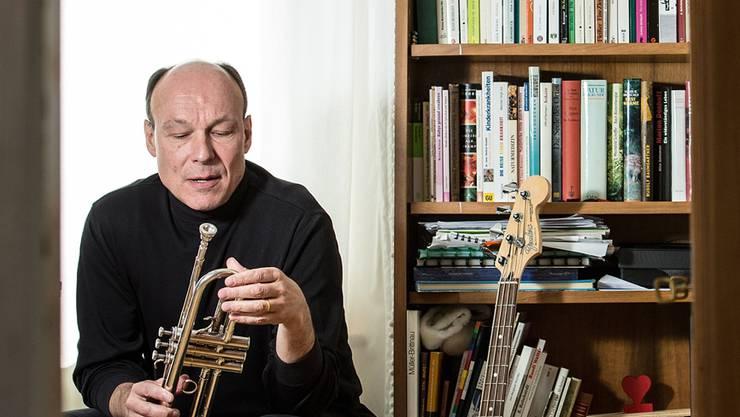 Musik und Instrumente sind omnipräsent bei Dieter Ammann und seiner Familie.