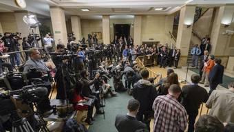 UNO-Diplomat Staffan de Mistura am Freitag in Genf vor Medienleuten nach seinem ersten Gespräch mit Vertretern des Assad-Regimes..