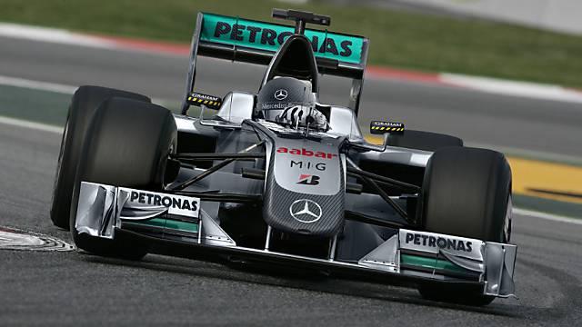 Mercedes nach dem Training vorne