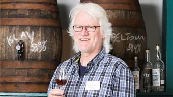 Peter Siegenthaler – sein Geschäft wurde zum zweitbesten Whiskyladen der Schweiz ernannt.