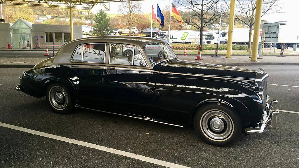 In der Schweiz gekauft: Der Eigentümer dieses Oldtimers der Marke Bently gab bei der Einfuhr nach Deutschland einen viel zu tiefen Wert an. Der deutsche Zoll kam dem Fahrer auf die Schliche.