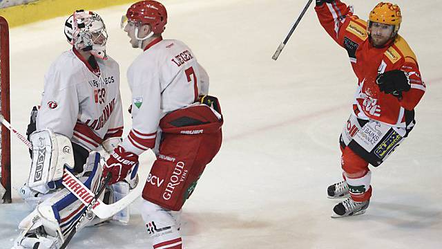 Rémy Rimann (rechts) traf für Red Ice zum 5:3-Schlussresultat