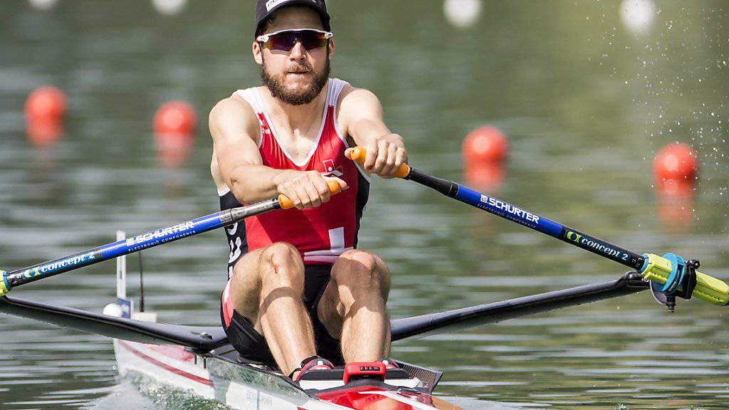 Michael Schmid rudert auf dem Rotsee auf Platz 2