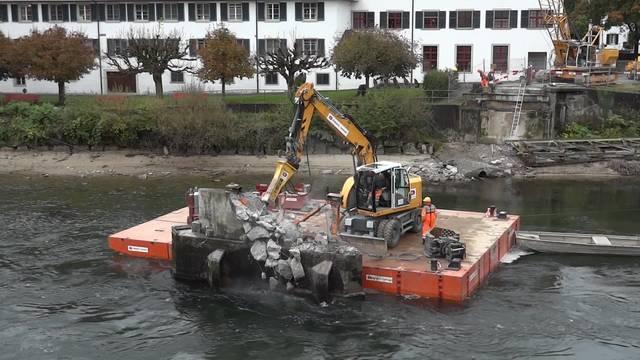 Brücke Gnadenthal im Freiamt: Abbruch des Pfeilers.