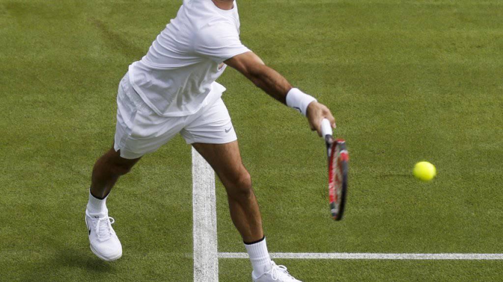 Roger Federer während seines Freitag-Trainings in Wimbledon