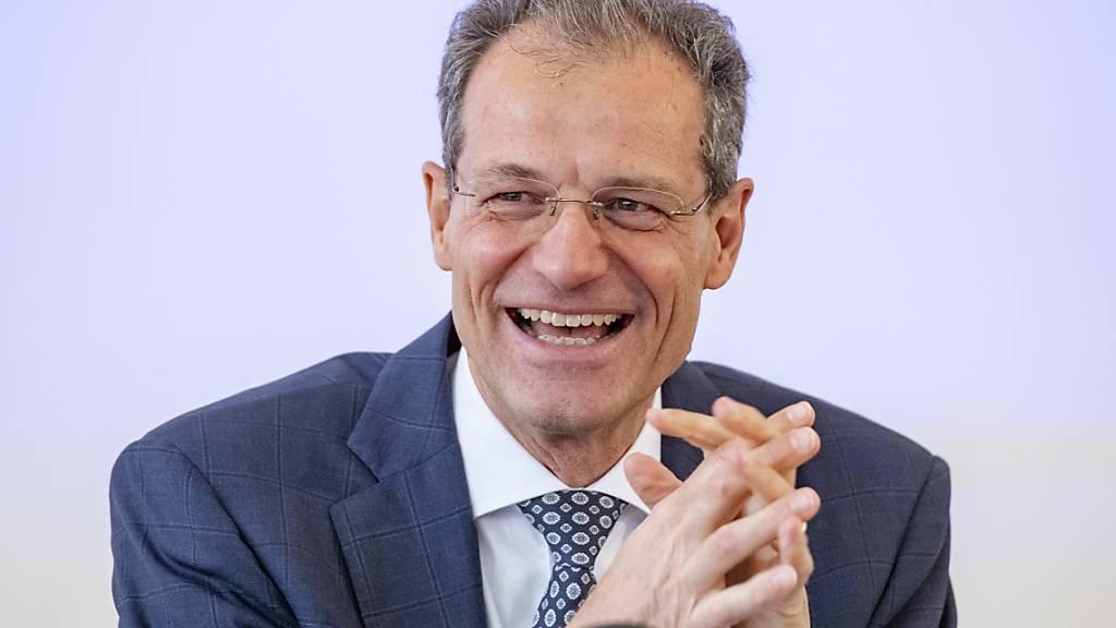 Der Luzerner Finanzdirektor Reto Wyss kann der Kantonsrechnung 2021 gelassen entgegenblicken. (Archivbild)