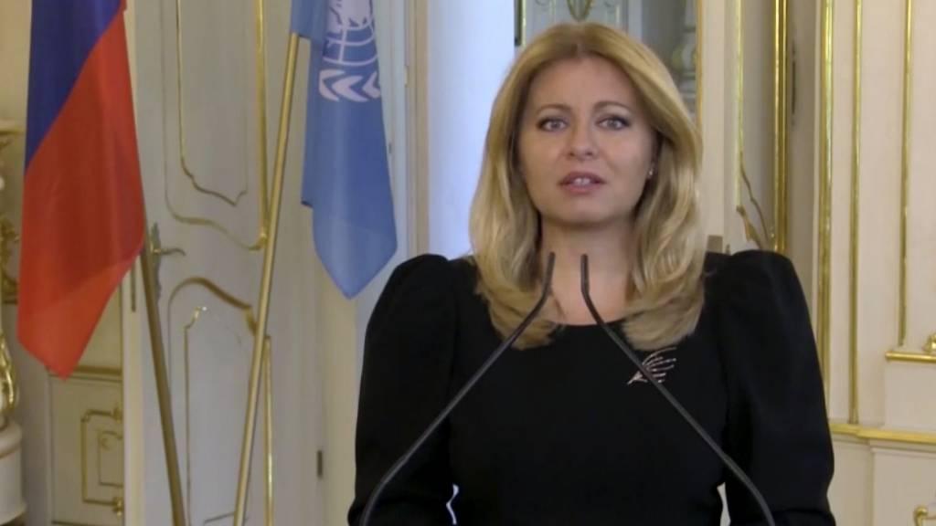 SCREENSHOT - Zuzana Caputova, Präsidentin der Slowakei, spricht während einer vorab aufgezeichneten Videobotschaft, die anlässlich des zweiten Tags der Generaldebatte der 75. UN-Vollversammlung gezeigt wird. Foto: Uncredited/UNTV/AP/dpa - ACHTUNG: Nur zur redaktionellen Verwendung im Zusammenhang mit der aktuellen Berichterstattung und nur mit vollständiger Nennung des vorstehenden Credits