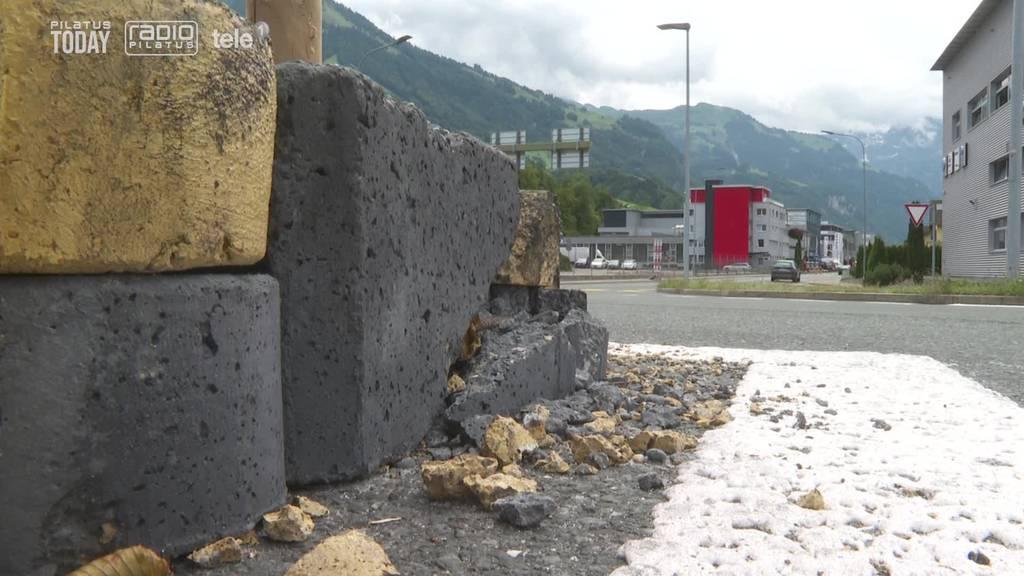 Trennsteine in Stanser Kreisel sorgen für Rote Köpfe - nun kommen sie weg