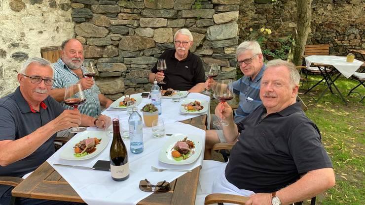 Hobby-Köche beim Mittagessen im Weingut Nigl, Senftenberg