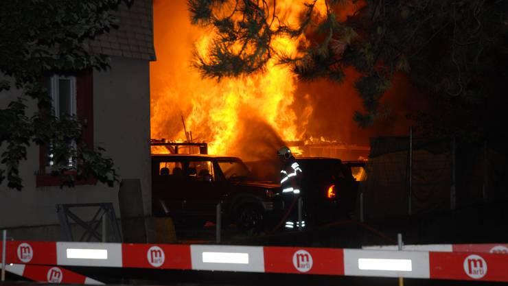 In Gerlafingen brannte in der Nacht auf Freitag in Holzschuppen ab.