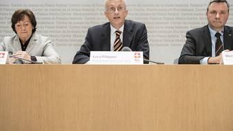 """Das Referendumskomitee """"Nein zum Entwaffnungsdiktat der EU"""" wehrt sich gegen das verschärfte Waffengesetz. Am Freitag haben seine Vertreter ihre Argumente vorgebracht."""