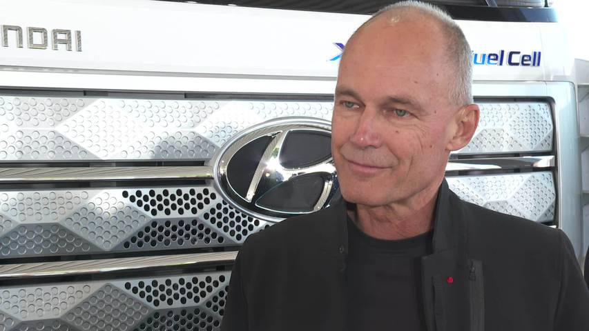 Hoher Besuch: Bertrand Piccard im Interview
