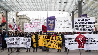 Demonstration in Bern gegen Sparübung