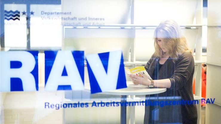 Auf den RAV werden keine Gespräche mehr vereinbart, man hat freie Kapazitäten, welche im Bereich Kurzarbeit dringend benötigt werden. (Archivbild)