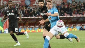 Manolo Gabbiadini bringt Napoli mit seinem erfolgreichen Abschluss nach zehn Minuten früh auf Siegkurs