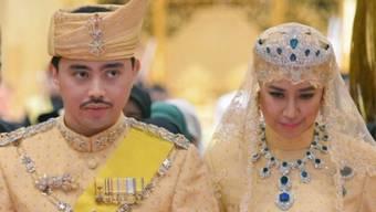 """Prinz Abdul Malik von Brunei und die """"glückliche"""" Braut"""
