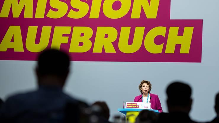 Nicola Beer, stellvertretende FDP-Vorsitzende, eröffnet den Bundesparteitag der Freien Demokraten (FDP) in Berlin. Foto: Bernd von Jutrczenka/dpa