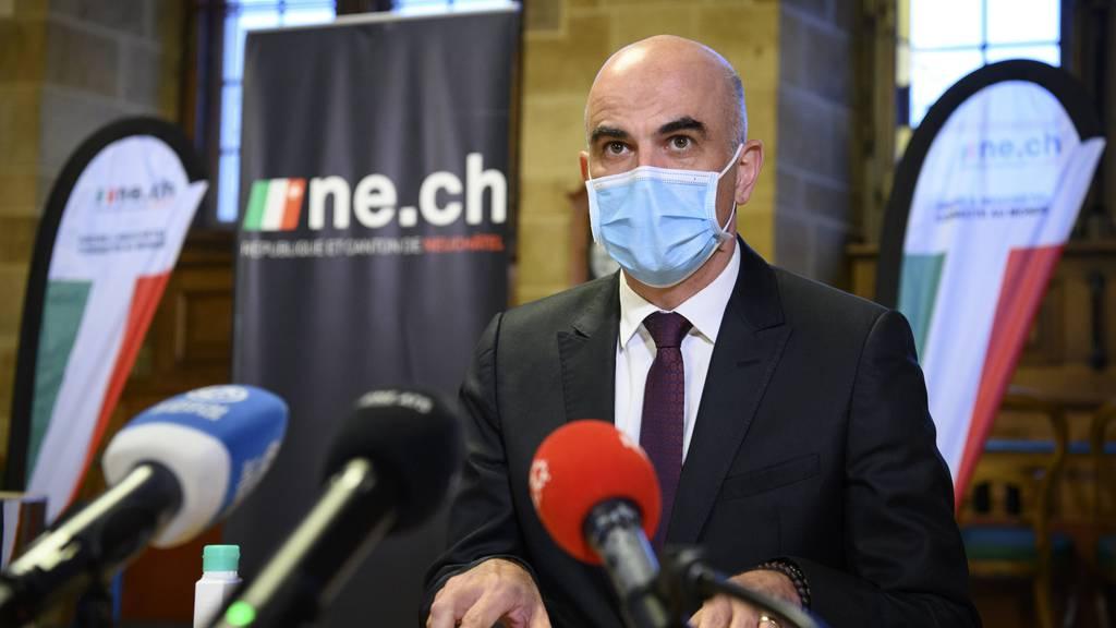 Neuenburger Spitalpersonal zu Alain Berset: «Vergessen Sie uns nicht!»
