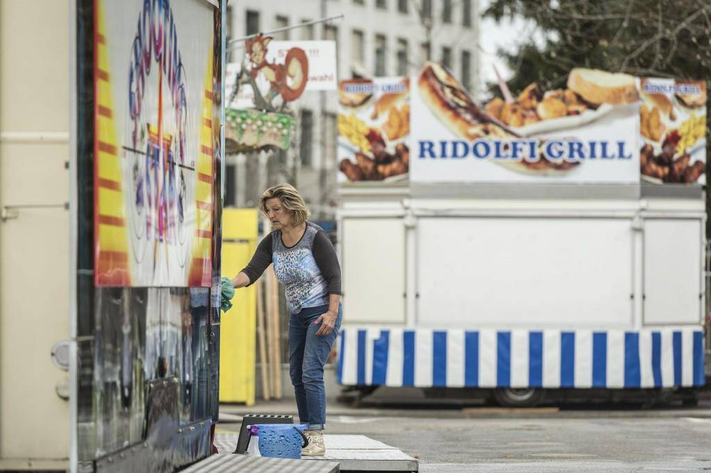 Frühlingsjahrmarkt erhält letzten Schliff (© Tagblatt/Hanspeter Schiess)