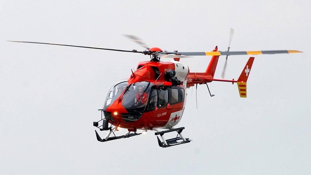 Die Frau hatte einen Rettungshelikopter für einen kerngesunden Mann bestellt. (Symbolbild)