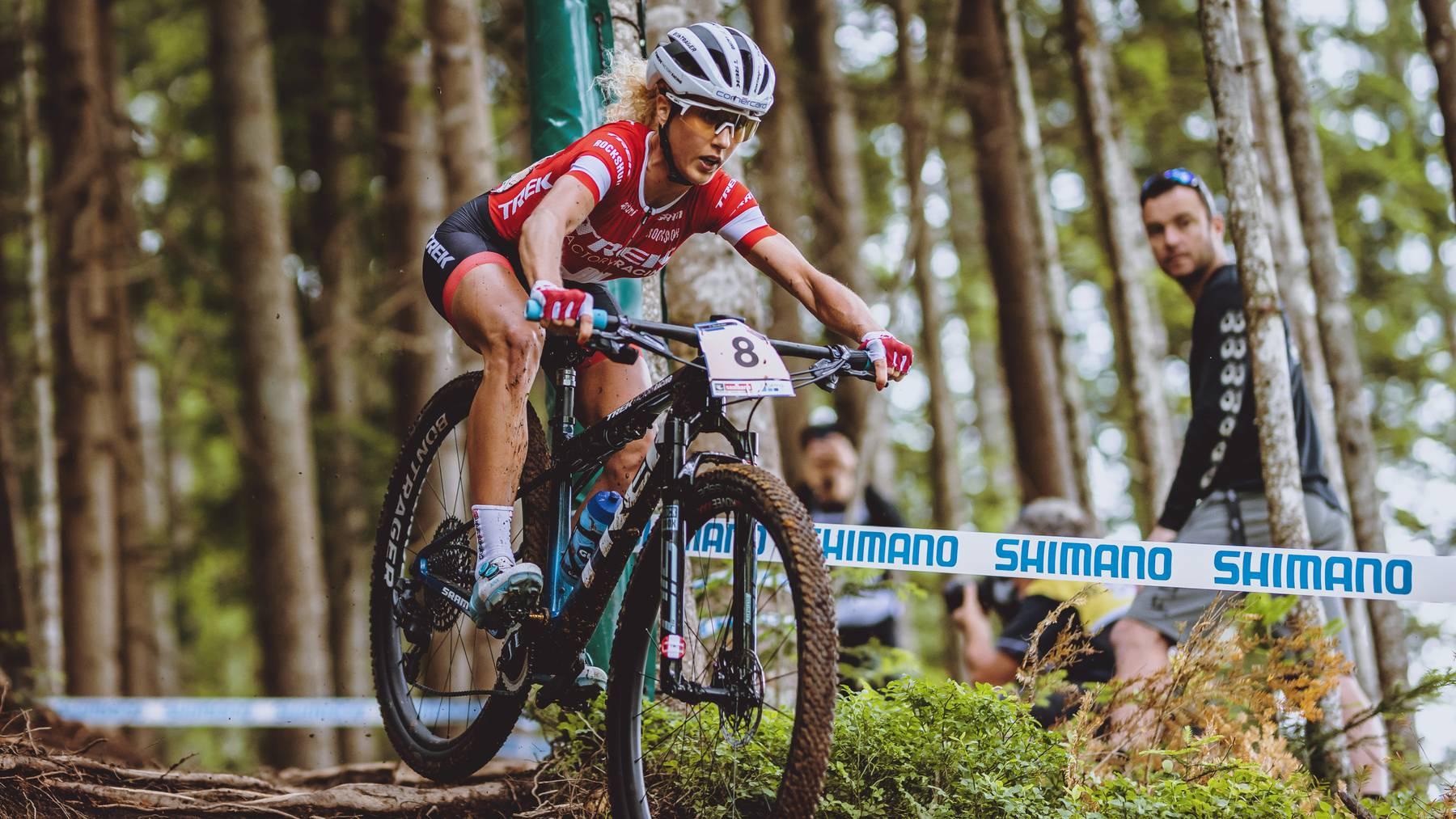 Jolanda Neff (SUI) am Sonntag, 13. Juni 2021, während des Cross Countryp Bewerb der Damen im Rahmen des UCI Mountainbike Weltcup in Leogang.