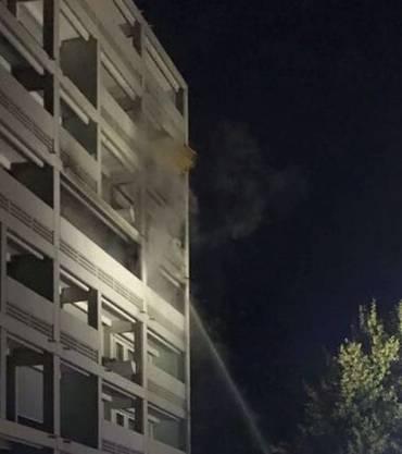 Bewohner hatten die Feuerwehr alarmiert, eine Frau und zwei Kinder mussten zur Kontrolle ins Spital gebracht werden.