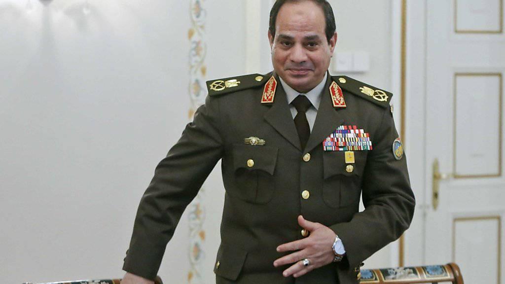 Staatschef und Ex-General al-Sisi kann weiterhin auf die massive finanzielle Unterstützung der USA für sein Militär zählen. (Archiv)