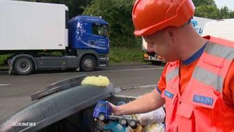 Vom Auto bis zum Firmen-Abfall: Jeden Tag werden auf Zürcher Autobahn-Rastplätzen Unmengen gesetzeswidrig entsorgt.