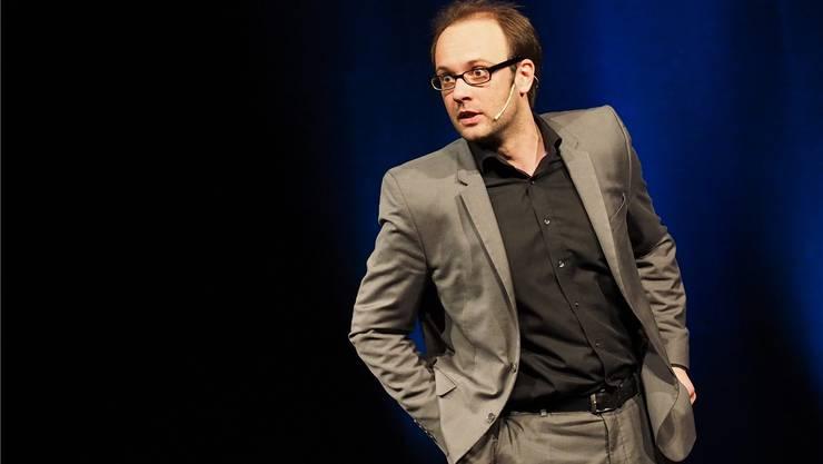 Der «gedankliche Tieftaucher» René Sydow am Kabarett-Cocktail im Oltner Stadttheater. Bruno Kissling