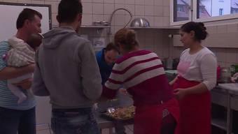 Um in den Genuss von exotischem Essen zu kommen und die Integration zu fördern, kochen in Gränichen jeden Monat Flüchtlinge aus unterschiedlichen Ländern.