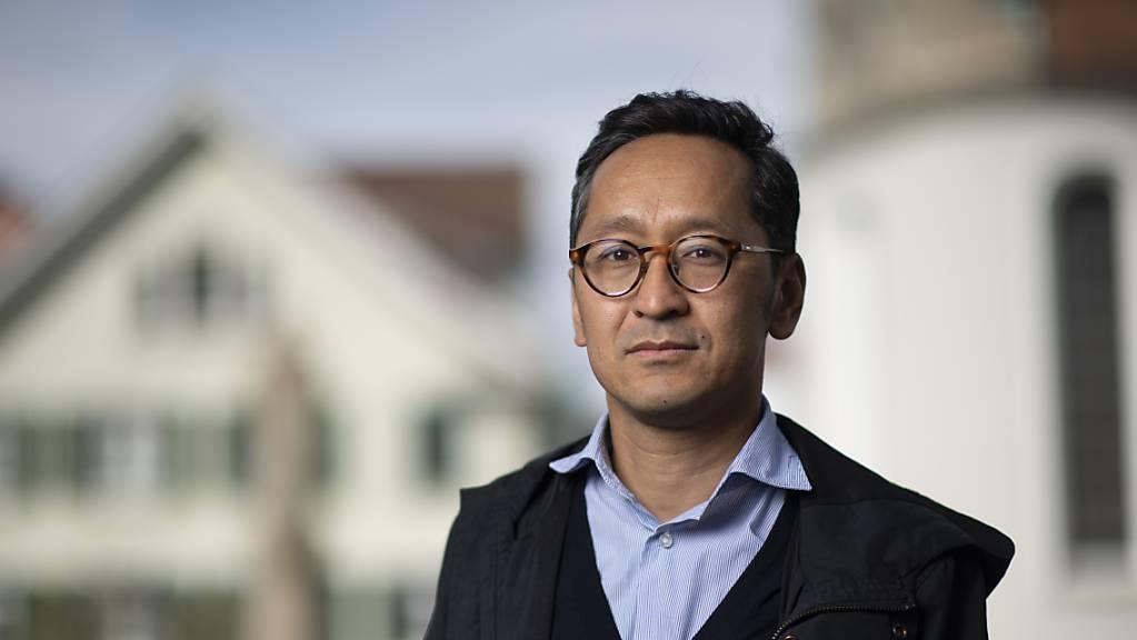 Der St. Galler SP-Politiker Chompel Balok setzt sich auch für die Rechte von tibetischen Sans-Papiers in der Schweiz ein. «Es braucht ein Entgegenkommen der kantonalen Behörden und des SEM», sagt der Sohn tibetischer Flüchtlinge.