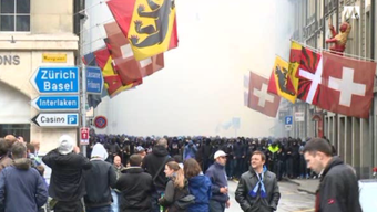 Ausschreitungen wie hier in Bern beim diesjährigen Cupfinal ist für viele Solothurner ein Grund, Ja zu der Verschärfung des Hooligan-Konkordats zu sagen.