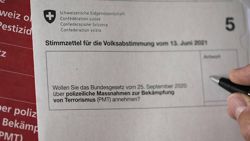 Stimmzettel für die Abstimmung über das Terrorismus-Gesetz: Der Obwaldner Regierungsrat ist auf eine Beschwerde zu diesem Urnengang nicht eingetreten. (Symbolbild)